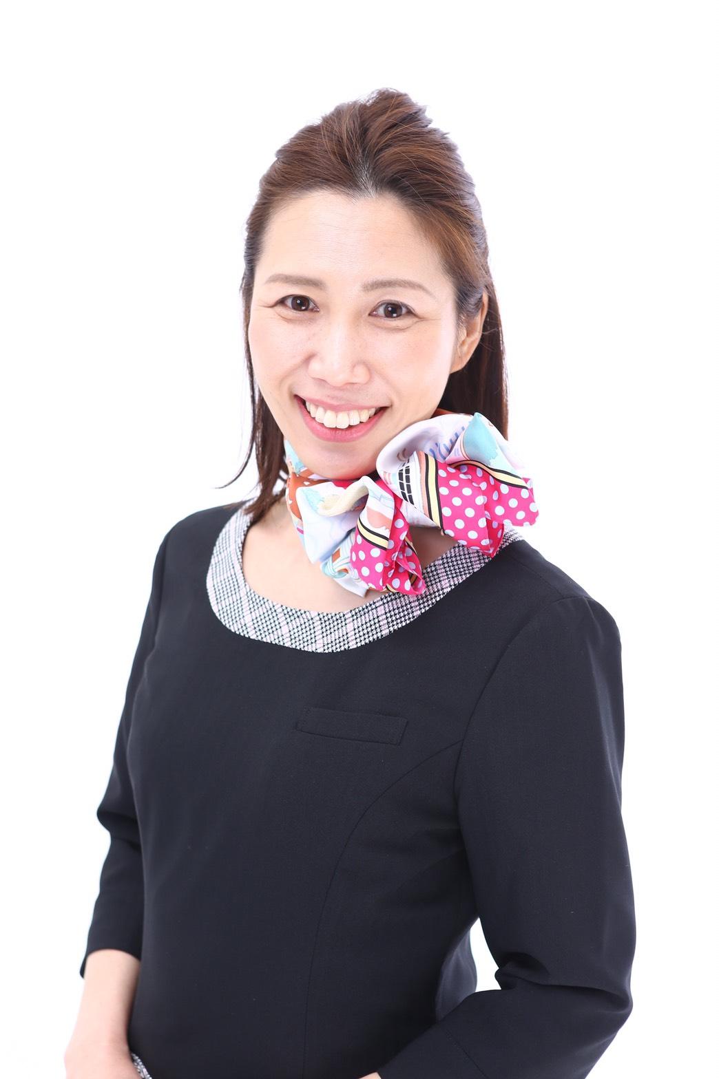 諸泉和美(Moroizumi Kazumi)